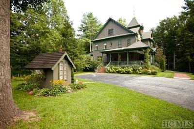 Highlands Single Family Home For Sale: 4476 Horse Cove Road