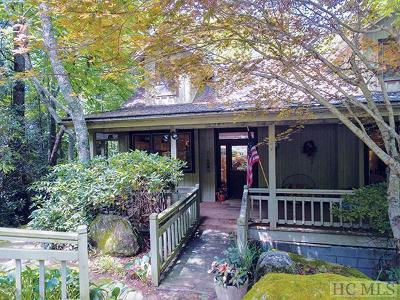 Cullasaja Club Single Family Home For Sale: 909 Cullasaja Club Drive