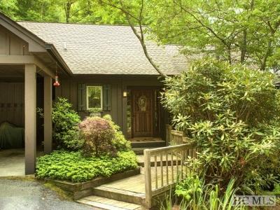 Cullasaja Club Single Family Home For Sale: 950 Cullasaja Club Drive
