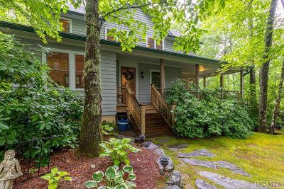 Highlands Single Family Home For Sale: 139 Pine Circle