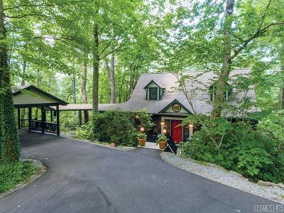 Highlands Single Family Home For Sale: 299 Rolling Acres Drive