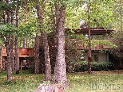 Highlands Single Family Home For Sale: 727 Wildwood Drive