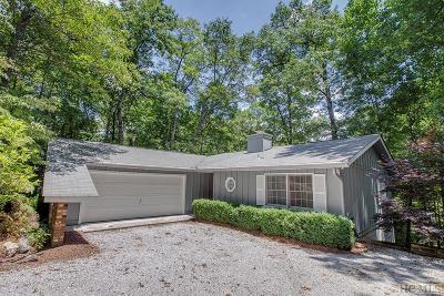 Highlands Single Family Home For Sale: 76 Overlook Road
