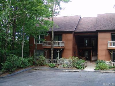 Lake Toxaway Condo/Townhouse For Sale: 73 Toxaway Views Drive #305
