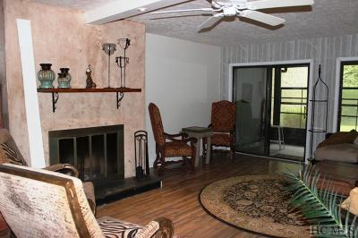 Sapphire Condo/Townhouse For Sale: 98 Dogwood Knob Lane #1-C