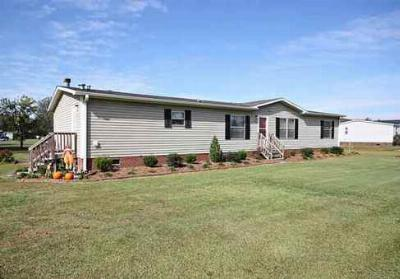 1036 Old Chinquapin Road Home for Sale in Beulaville