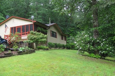 Robbinsville Single Family Home For Sale: 615 Mission Road