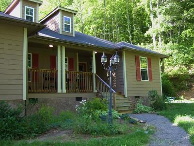 Robbinsville Single Family Home For Sale