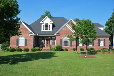 Kinston Single Family Home For Sale: 2094 Autumn Drive