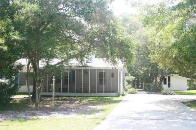 Oak Island Single Family Home For Sale: 212 NE 71st Street