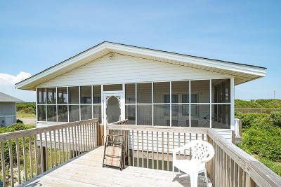 Oak Island Single Family Home For Sale: 703 Caswell Beach Road
