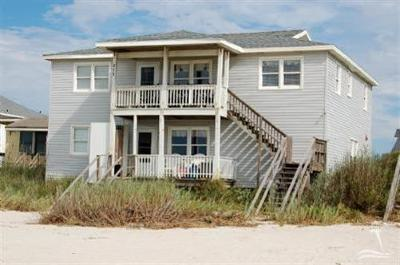 Holden Beach Single Family Home For Sale: 215 Ocean Boulevard W