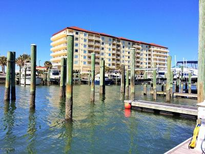 Beaufort Condo/Townhouse For Sale: 100 Olde Towne Yacht Club Road #610