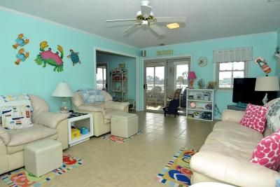 Sneads Ferry Single Family Home For Sale: 243 Grandview Drive