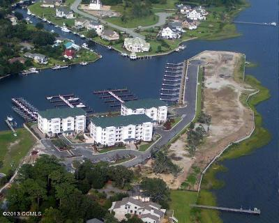Morehead City Condo/Townhouse For Sale: 150 Lands End Road #B22