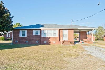 Hubert Single Family Home For Sale: 3785 Freedom Way