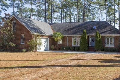 Oriental Single Family Home For Sale: 52 Shore Drive E