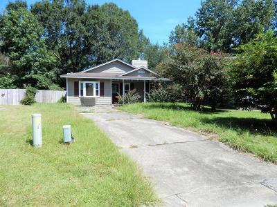 Jacksonville Single Family Home For Sale: 134 Basswood Court
