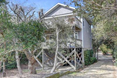 Topsail Beach Single Family Home For Sale: 604-A N Anderson Boulevard
