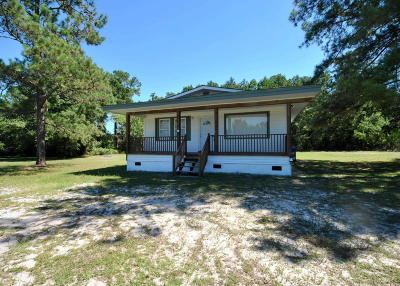 Onslow County Single Family Home For Sale: 624 E Ocean Highway