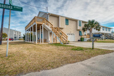 Atlantic Beach Single Family Home For Sale: 106 Brooks Street