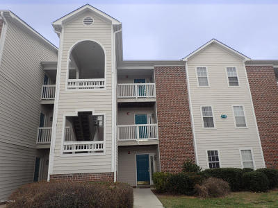 Wilmington Condo/Townhouse For Sale: 713 Clearwater Court #J