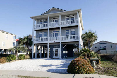 Ocean Isle Beach Single Family Home For Sale: 26 E Second Street