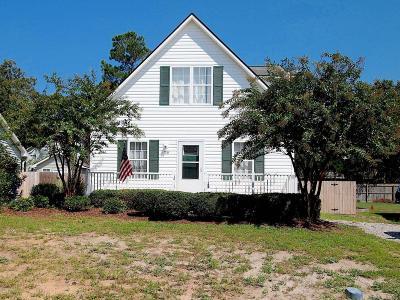 Oak Island Single Family Home For Sale: 130 NW 17th Street