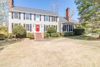 Jacksonville Single Family Home For Sale: 910 Greenway Drive