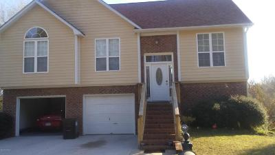 Sneads Ferry Single Family Home For Sale: 414 Whirlaway Boulevard #414