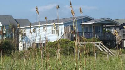 Oak Island Single Family Home For Sale: 6317 W Beach Drive