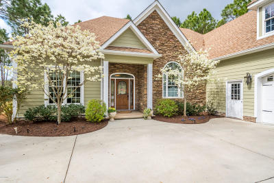 Southport Single Family Home For Sale: 3807 Ridge Crest Drive