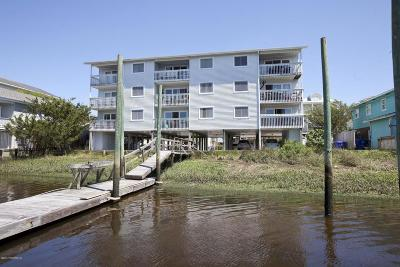 Carolina Beach, Kure Beach Condo/Townhouse For Sale: 711 Canal Drive #1 B