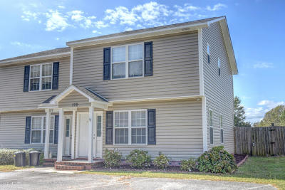 Sneads Ferry Condo/Townhouse For Sale: 109 Tillet Lane