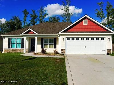 Jacksonville Single Family Home For Sale: 926 Dynamo Lane