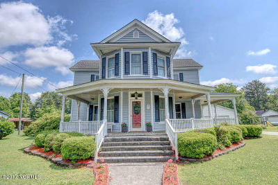 richlands Single Family Home For Sale: 204 W Hargett Street