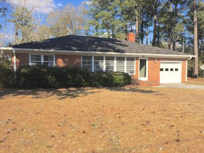 Morehead City Single Family Home For Sale: 5006 Holly Lane