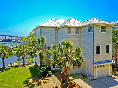 Ocean Isle Beach Single Family Home For Sale: 1723 Hemingway Drive SW