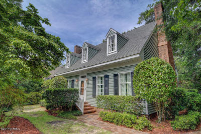 Wilmington Single Family Home For Sale: 104 Martingale Lane