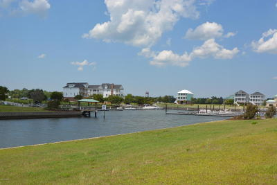 Newport Residential Lots & Land For Sale: 323 Oxton Place
