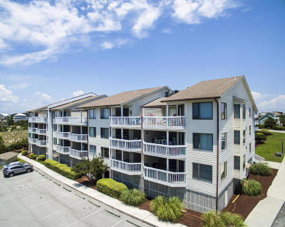 Emerald Isle Condo/Townhouse For Sale: 10300 Coast Guard Road #109 D