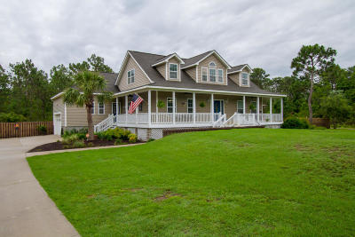 Southport Single Family Home For Sale: 360 Fox Squirrel Drive