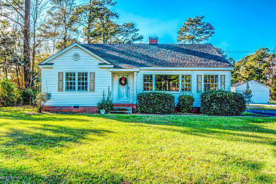 Onslow County Single Family Home For Sale: 229 Huffmantown Road
