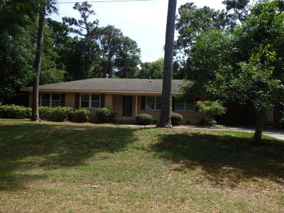Pine Knoll Shores Single Family Home For Sale: 217 Oakleaf Drive