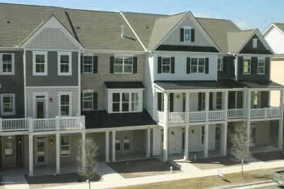 Beaufort Condo/Townhouse For Sale: 215 Shearwater Lane