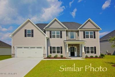 Onslow County Single Family Home For Sale: 409 Worsley Way