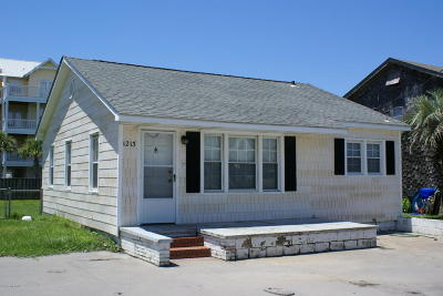 Carolina Beach, Kure Beach Single Family Home For Sale: 1213 Carolina Beach Avenue N