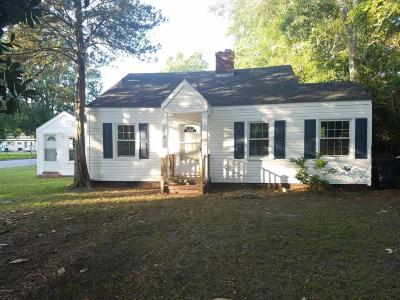 Jacksonville Single Family Home For Sale: 124 Sherwood Road