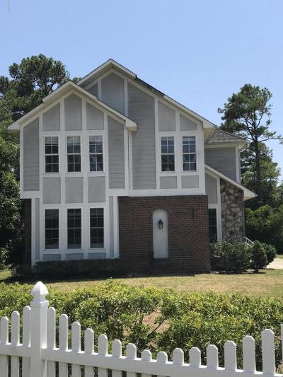Oak Island Single Family Home For Sale: 3103 E Oak Island Drive