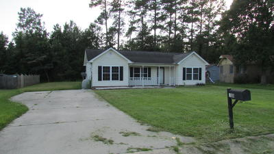 Onslow County Single Family Home For Sale: 102 King Street